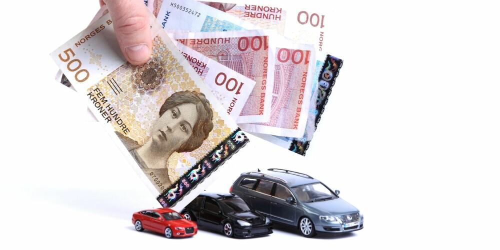 DYRT: Bil er dyrt i Norge, og det inkluderer kostnaden ved eierskifte. FOTO: Egil Nordlien HM Foto