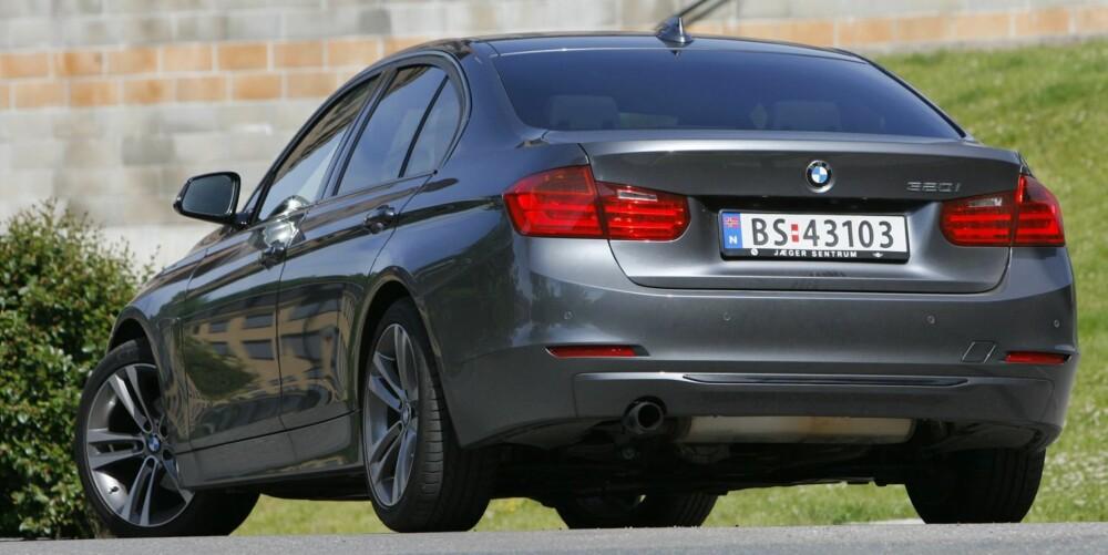 STØRRE: Den nye BMW 3-serie er større enn forgjengeren. Det merkes best i baksetet og bagasjerommet, som er oppgitt til 480 liter. FOTO: Petter Handeland