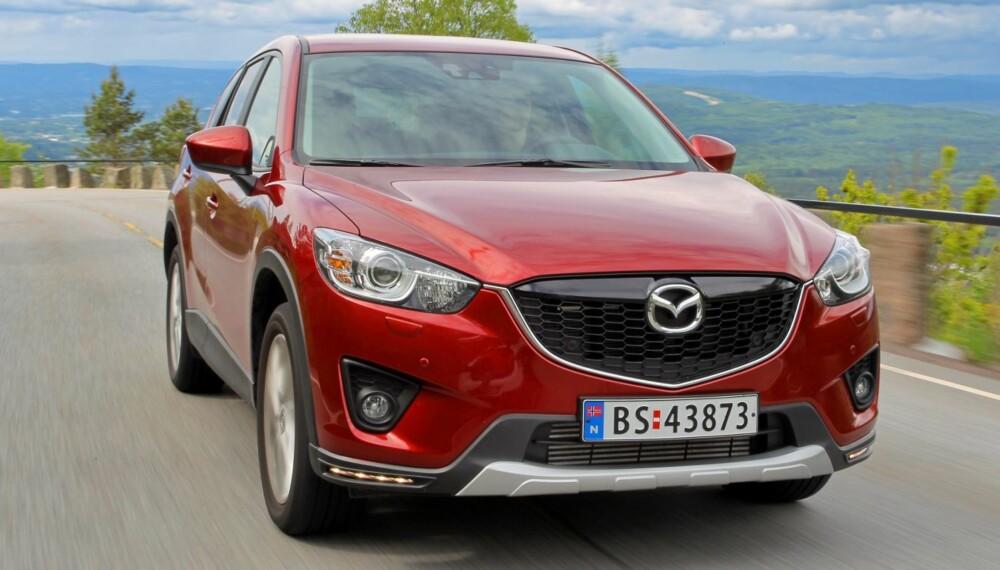 EN GOD SUV: Mazda CX-5 har alle egenskaper som skal til for å bli en SUV-suksess. FOTO: Terje Bjørnsen