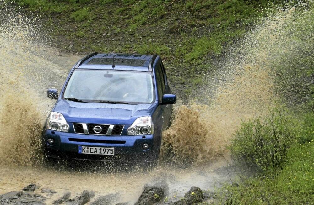 UT PÅ TUR: Kjører du mye på dårlig vei, er det der Nissan X-Trail har sine beste egenskaper. FOTO: HM Arkiv