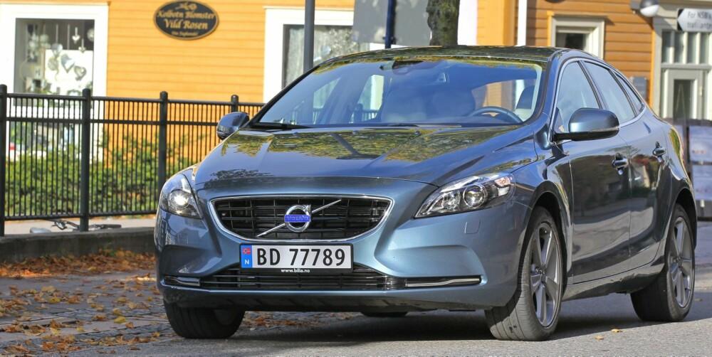 HIGHSCORE: Volvo V40 scoret hele 98 prosent for sikkerhet i sin EuroNCAP-test nå nylig. Det er høyeste score i denne grenen i EuroNCAP sin historie. V40 scoret også høyt for sin beskyttelse mot fotgjengere og for høyt nivå av sikkerhetsutstyr. FOTO: Petter Handeland