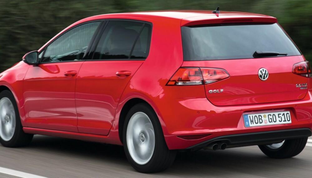 VARIASJONSBREDDE: I samlingen av kandidater til Årets Bil-tittelen finner du alt fra storselgere som VW Golf til salgsmessige parenteser som Chevrolet Cruze. FOTO: VW