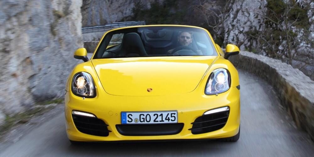 NORGES-PORSCHE: Norges-Boxsteren har en 2,7-liters motor som er trimmet ned fra 265 til 211 hestekrefter. Det sparer du 89 000 kroner på. FOTO: Porsche