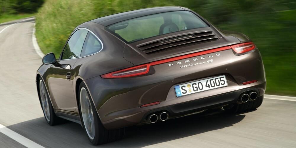 IKON: Nye Porsche 911 kommer snart som firehjulstrekker til Norge. FOTO: Stefan Warter
