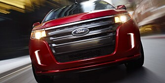 2013 Ford Edge: Additional features in the Ford Edge crossover help to enhance the driving experience for 2013. (06/22/12)