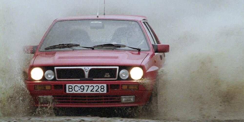 KRONGLETE START: I 1997 kjøpte vi en 16v som redaksjonsbil vi hadde mye glede av - etter en kronglete start. FOTO: Egil Nordlien, HM Foto