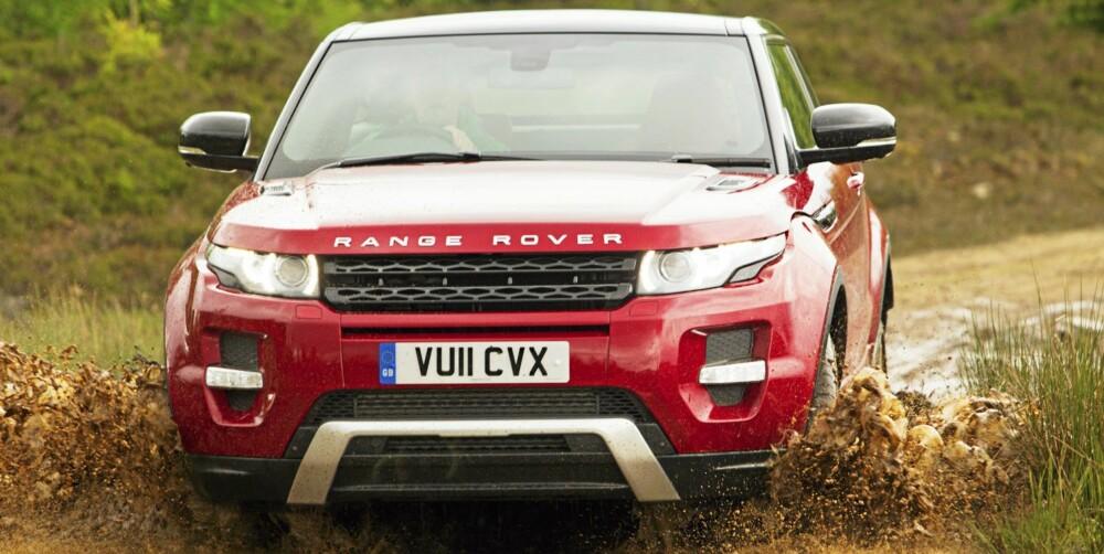 GJØRMELAND: Skottland og gjørmete veier er første utfordringen i verdens heftigste biltest.