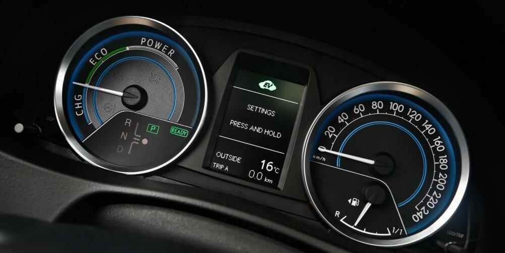 MILJØVENNLIG: Auris Hybrid har et oppgitt forbruk på lave 0,37 l/mil, men det skal godt gjøres å komme så langt ned ved normal kjøring.