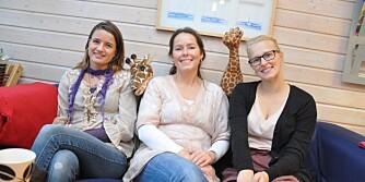 Tre blad Nina har gode erfaringer med «sjiraffspråket» i Rosenlund barnehage. Fra v. pedagogisk leder Nina Schultz, styrer Nina Smedbakken Marthinsen og pedagogisk leder Nina Haanes.