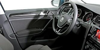 Volkswagen Golf 1,6 TDI DSG 2013 test vs. Ford Focus VW Golf
