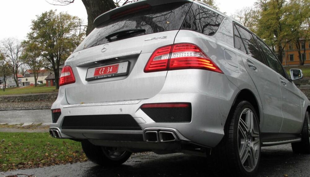 DET DU SER: Som regel viser Mercedes-Benz ML 63 AMG hekken til det aller meste på veien. FOTO: Martin Jansen
