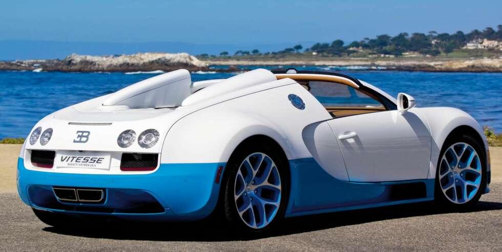 bugatti veyron 16 4 grand sport vitesse vs koenigsegg agera r bugatti veyron 16 4 grand sport. Black Bedroom Furniture Sets. Home Design Ideas