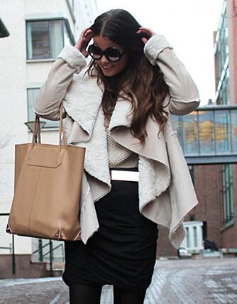 REDD FOR Å REGNE SAMMEN: Den populære motebloggeren Annette Haga regner med at hun bruker 100 000 kroner i året på shopping.