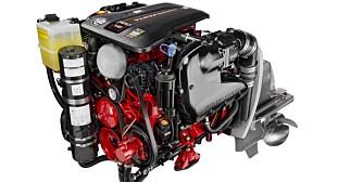 FORDELER: En V8 bensinmotor har sine fordeler den også: Hvikende støynivå på lave og moderate turtall, rå effekt og rask respons på gassen. FOTO: Volvo Penta