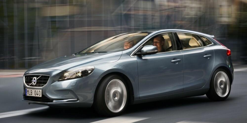 TRYGT IMAGE: Volvo V40 ble kåret til tryggeste bil i sin klasse av krasjekspertene i EuroNCAP. I likhet med nesten samtlige Volvo-modeller kan den nå fås med syklistdetektoren i tillegg. FOTO: Volvo