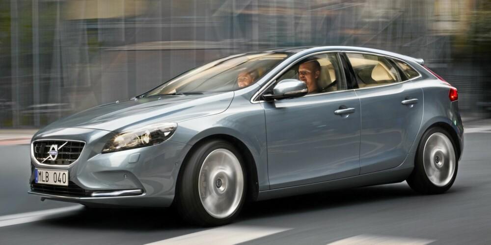 NY: Volvo satser på knallhardt på å være ledende på sikkerhet, og Volvo V40 er således et lyspunkt også for myke trafikanter.