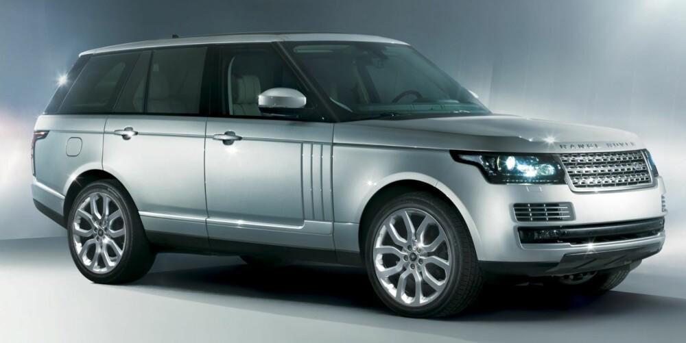 SLANKERE: Forgjengeren veide staute 2,7 tonn. Den nye utgaven er slanket med opptil 420 kg, og det skal bidra til lavere forbruk. FOTO: Land Rover