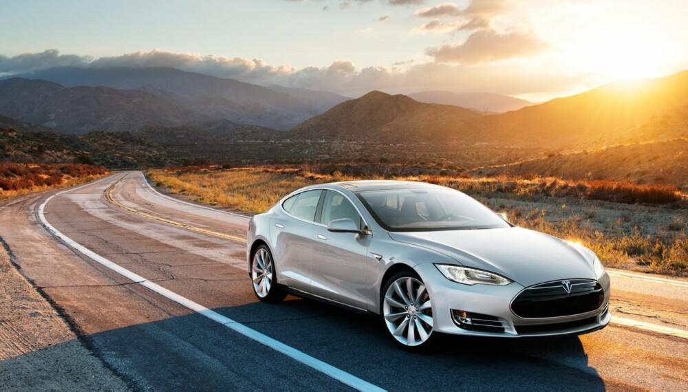 TESS ELLER TØYS: Hvor lang rekkevidde har denne bilen en iskald vinterdag i Norge? FOTO: Tesla Motors