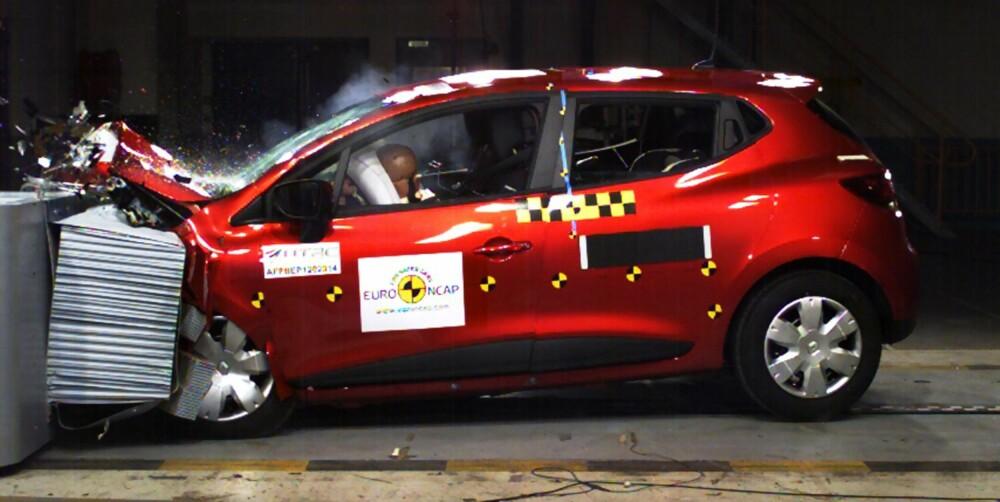 SIKKERHET: Renault Clio hører med til de sikreste småbilene EuroNCAP har testet de siste årene.