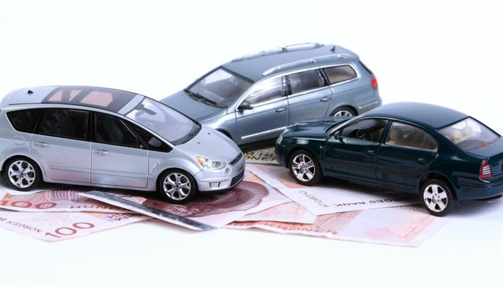 SPARETIPS: Bil er dyrt, men tusenlapper kan spares. FOTO: Egil Nordlien HM Foto