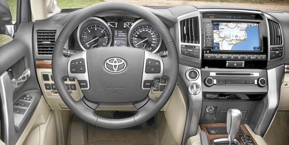 KNAPPER: Toyota har gjort noen grep som skal heve kvalitetsopplevelsen fra førerplass.