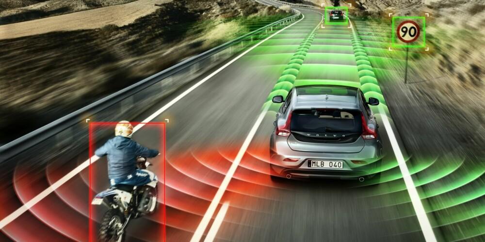 UNNGÅ ULYKKER: Radarsystemer og optiske systemer er allerede på plass, og kommer til å bli bare mer og mer viktige for at bilulykker unngås i fremtiden. FOTO: Volvo