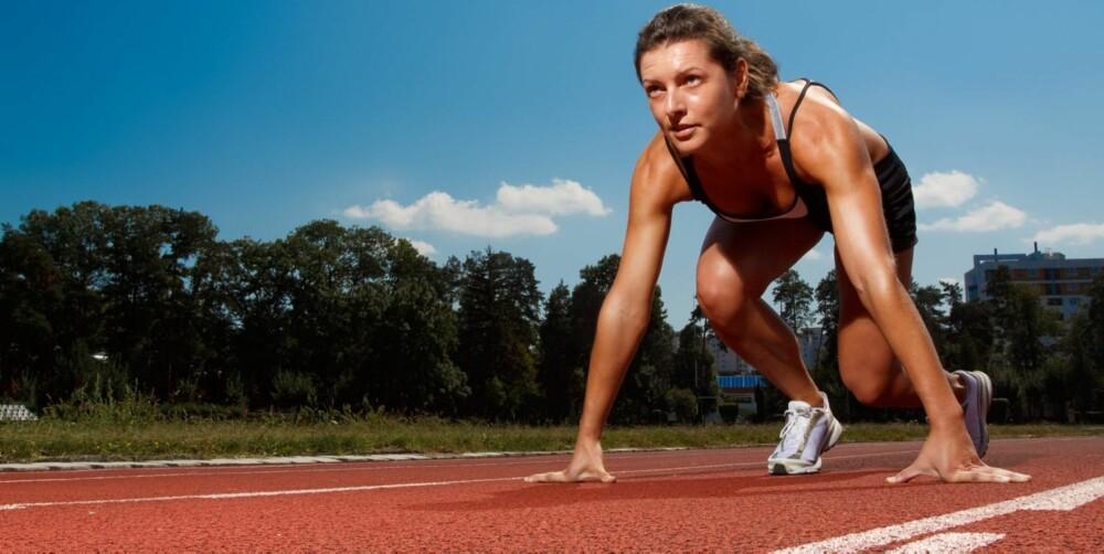 LØPETEKNIKK: Hvor fort du løper avhenger av løpsteknikk og evnen til å utvikle stor kraft raskt. Ønsker du å bli bedre på dette er det lurt å trene på tung og eksplosiv styrketrening, teknikktrening og ulike kortintervaller.