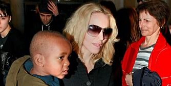 ADOPSJONEN GODKJENT: Madonna blir mor til David