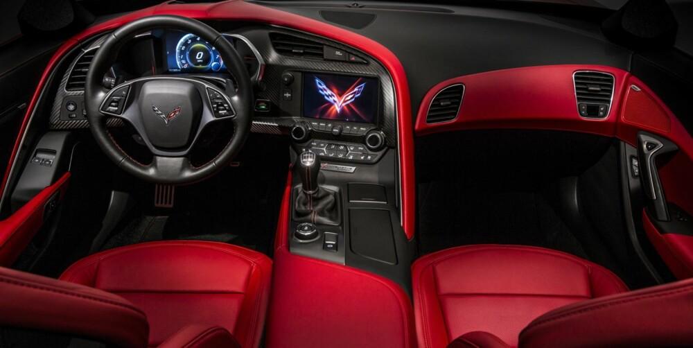 PREMIUM: Corvette skal tåle sammenligningen med europeiske konkurrenter, også når det gjelder materialkvalitet. FOTO: GM
