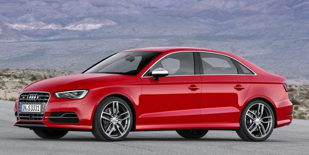 KOMPAKT SEDAN: I første kvartal 2014 er det klart for S3 Sportslimousine. FOTO: Audi