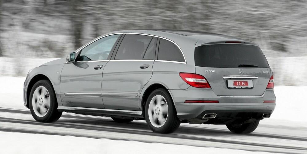 STØDIGHETEN SELV: Mercedes R 350 BlueTec er noe av det mest stabile som finnes som ikke er lagd for å rulle på skinner.
