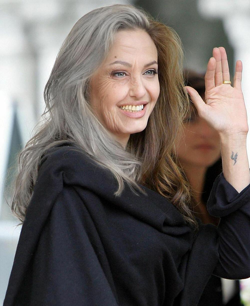 HALV HALV: Angelina Jolies som gammel er veldig godt photshop-manipulert på særlig hudstruktur, og fargenyanser på hår og tenner. Men håret vil dessverre ikke holde seg like tykt og blankt som her, øyenbrynene vil antakelig bli litt tynnere med striere og lengre hår, og fargen på øynene vil bli litt blassere.