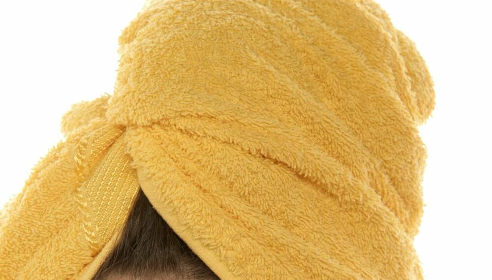 SLITER PÅ HÅRET: Den verdensberømte håndkleturbanen ødelegger håret ditt, mener ekspertene.