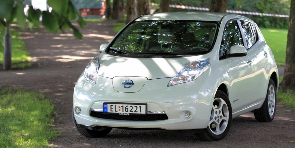 KONKURRENT: Nissan Leaf er hovedkonkurrenten. Men snart kommer det kompakte storselgere på elbil-scenen. FOTO: Egil Nordlien HM Foto