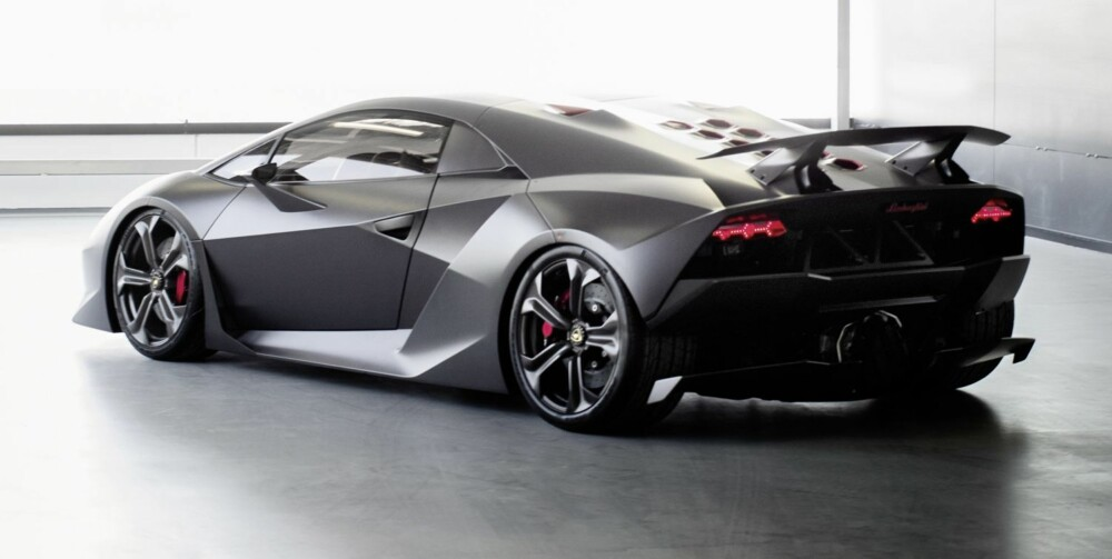 KARBON: Lamborghini Sesto Elemento. FOTO: Produsent