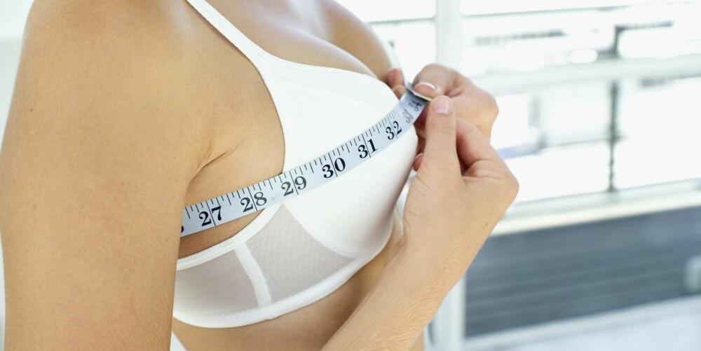 VIKTIGERE MED RIKTIG STØRRELSE: Ifølge Hauge er det mer avgjørende for brystene dine at du velger den riktige bh-størrelsen enn at du sover med en bh om natten.