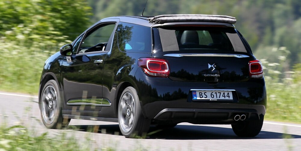 BRA TREKK: DS3 har en 1,6-liters bensinturbo med 156 hk og 240 Nm under panseret. FOTO: Petter Handeland