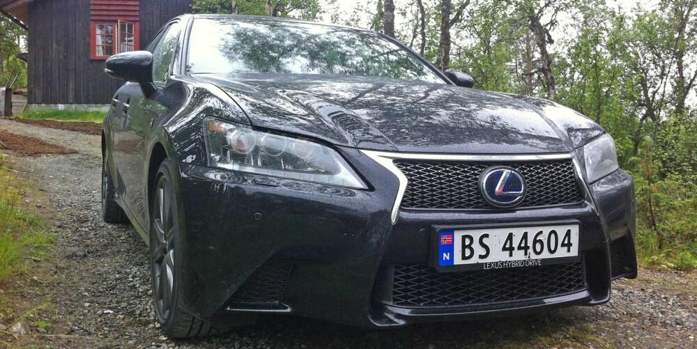 HYBRIDFART: Lexus GS 450h viser at hybridmotor kan gi svært rask akselerasjon. FOTO: Martin Jansen