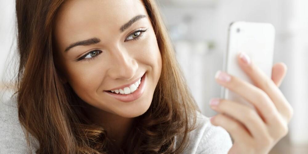 MOBILVANER: Tar du deg selv i å sjekke mobilen din - tre minutter etter at du la den fra deg, bare fordi det er en vanesak? Er det kanskje på tide med en aldri så liten mobilpause - en såkalt iDETOX?