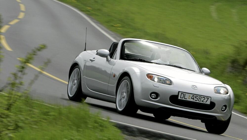 FORNØYELIG: I 20 år har Mazda MX-5 formidlet kjøreglede. Her i 2007-versjon.