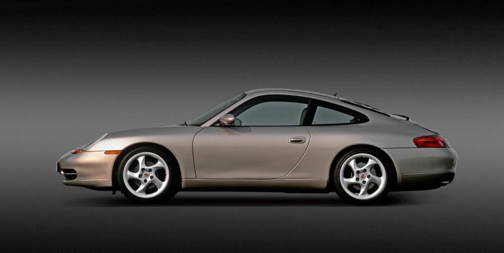 VANNAVKJØLT: 996 ble den første generasjonen vannavkjølte 911. FOTO: Porsche