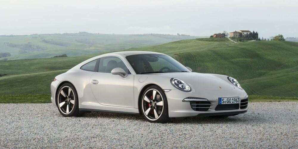 JUBILEUMSMODELL: Denne 911-jubileumsmodellen av Carrera S vil bli produsert i et antall av 1963 (året 911-produksjonen startet). FOTO: Porsche