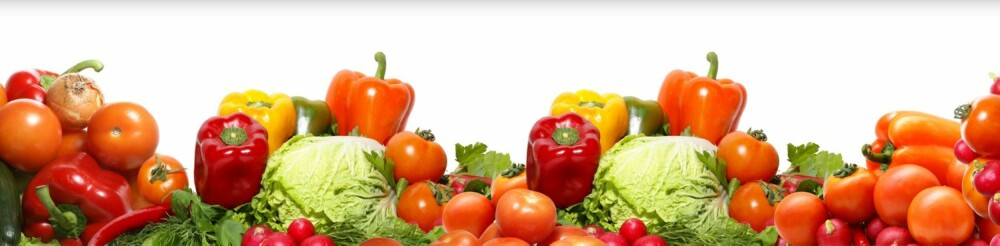 NYE VANER: Et godt tips er å erstatte lørdagsgodt med et bugnende frukt- og grøntfat.