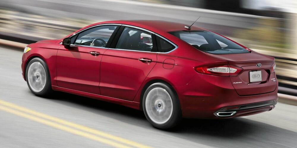 MANGE MULIGHETER: Ford Fusion er klargjort for vanlige forbrenningsmotorer, for hybris og for plugg-inn-hybrid. FOTO: Ford