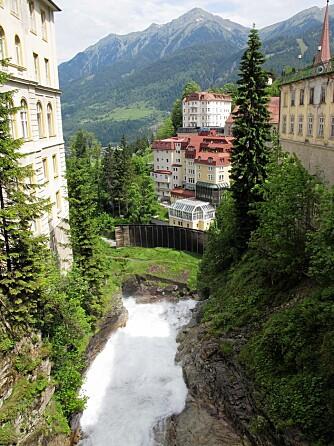 UTGANGSPUNKT: Kur og skistedet Bad Gastein med sine rundt 4000 fastboende er utgangspunkt for fjellvandringen.