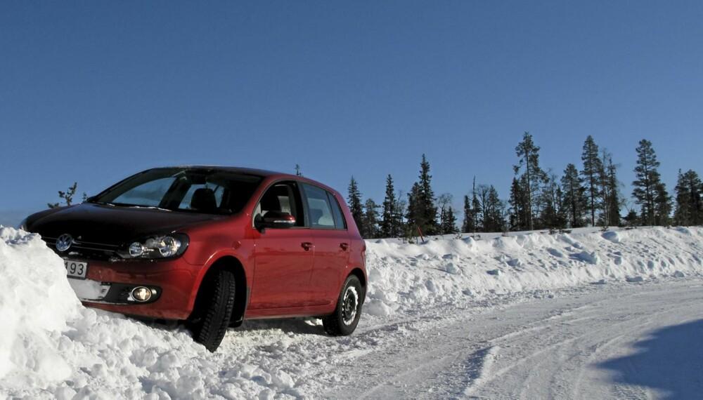 VINTER OG SNE: Hvor du bor og hvor du kjører bør avgjøre hva slags vinterdekk du velger.