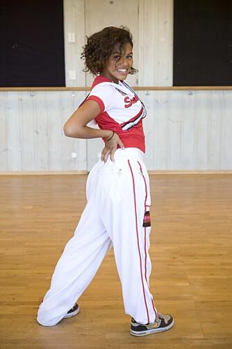 SPORTY: Under opptak til «Grease-skolen», som gikk på TVNorge i 2008, var det fortsatt den sporty «tomboystilen» som gjaldt for Alexandra.