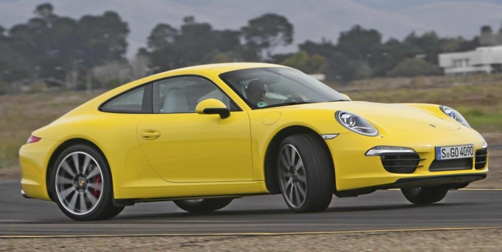 """911: Porsche 911 er blitt mer tilgjengelig som kjøreopplevelse. Du trenger ikke være proff for å nyte den. Det sørger """"""""state of the art""""""""-teknologi for."""
