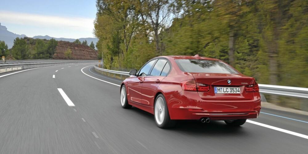 L-LYKTER: Hekken har fortsatt de velkjente L-lyktene. Foto: BMW