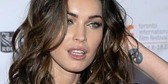 RENSKER OPP: Megan Fox er oversådd av tatoveringer av varierende kvalitet. Nå vil hun ha tilbake sin urørte hudoverflate.